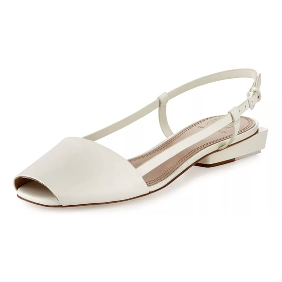8a8f38492835 Tory Burch Pietra Flats - White Open Toed Shoes. M 5a414e0e00450fa1b603242d